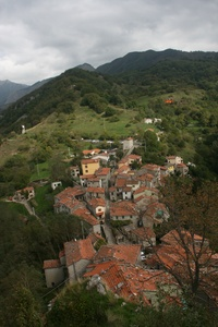 exploring the garfagnana.jpg